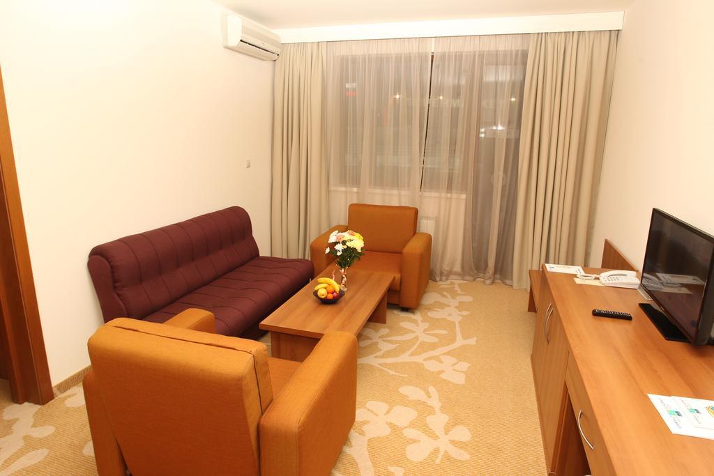 HOTEL STRAZHITE