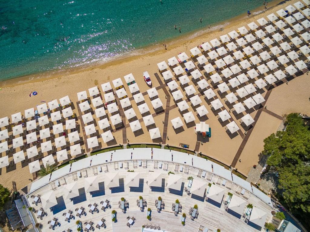 Bomo Club Tosca Beach